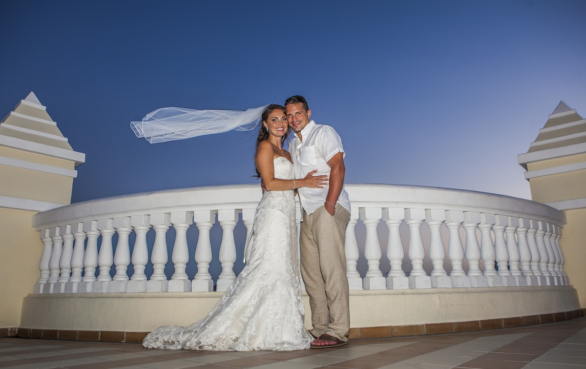 Jamie adam riu palace cabo san lucas beach wedding for Cabo san lucas wedding photographer