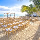 3 reasons to start planning your destination wedding now!
