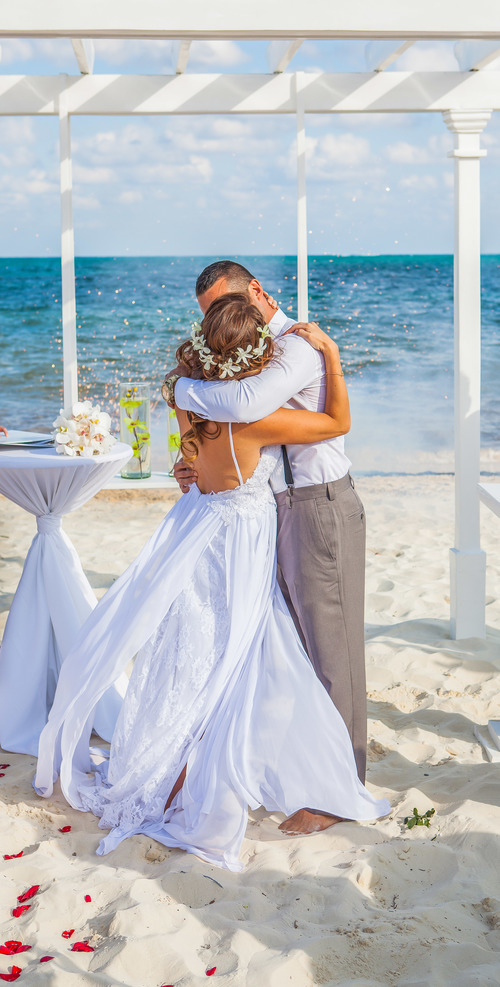 4 things a bride must know about destination wedding etiquette