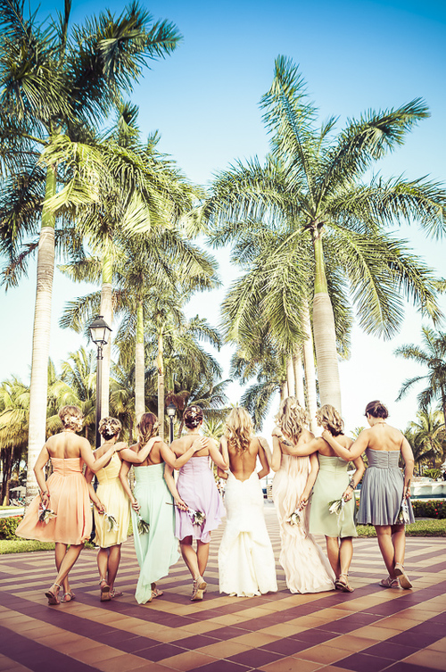 6-ways-you-can-be-the-best-bridesmaid-ever-2