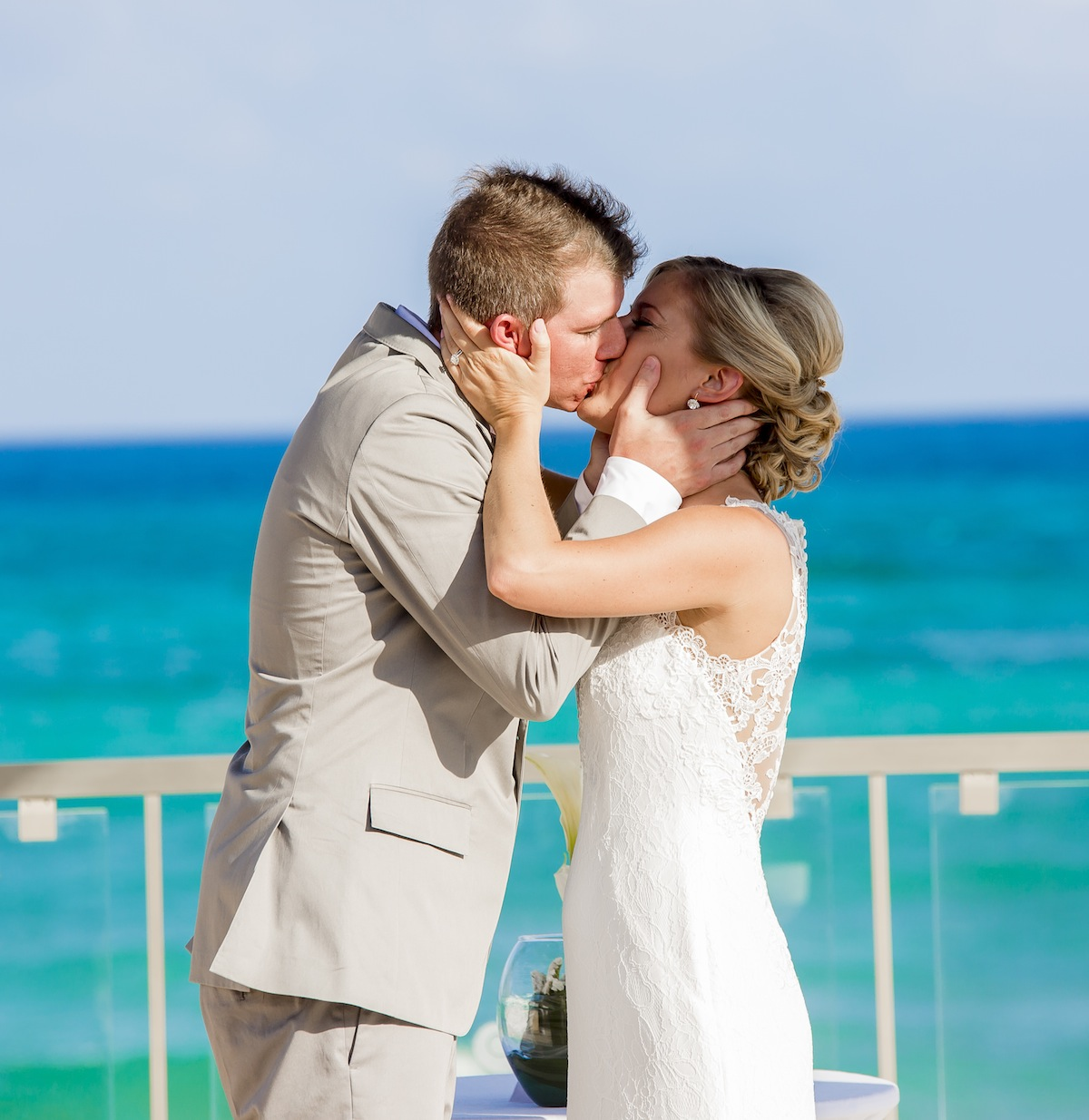 Hollie and Colin Now Jade Riviera Cancun 16 - Hollie & Colin - Now Jade