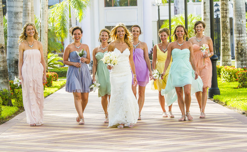 Why bridesmaid wear the same dress-2