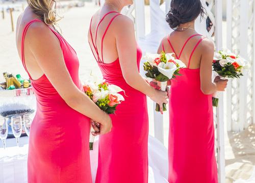 Why bridesmaid wear the same dress on wedding