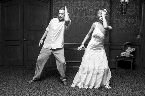 our-impossibly-insane-but-totally-true-wedding-story-13