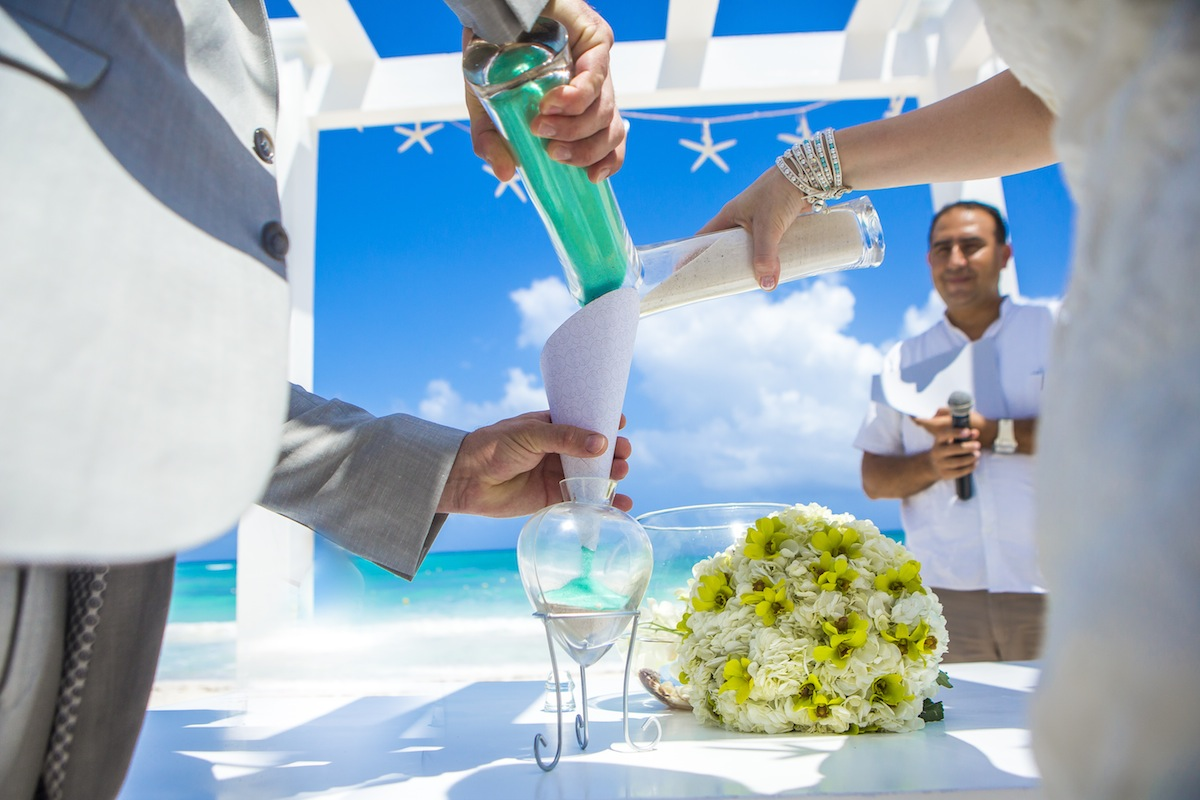Tips For How To Do A Sand Ceremony