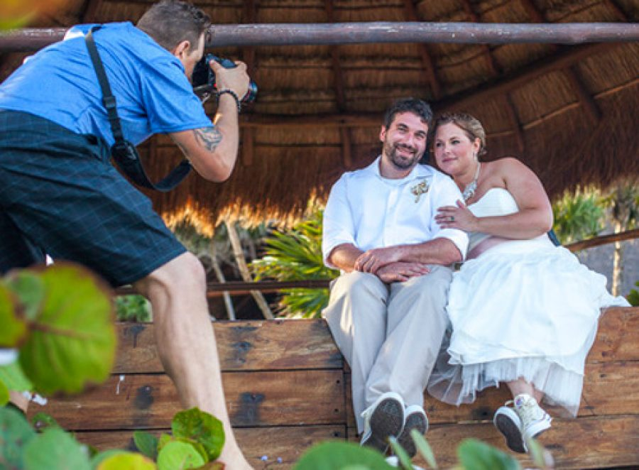 do the prices of destination wedding packages for riviera maya include a photographer?