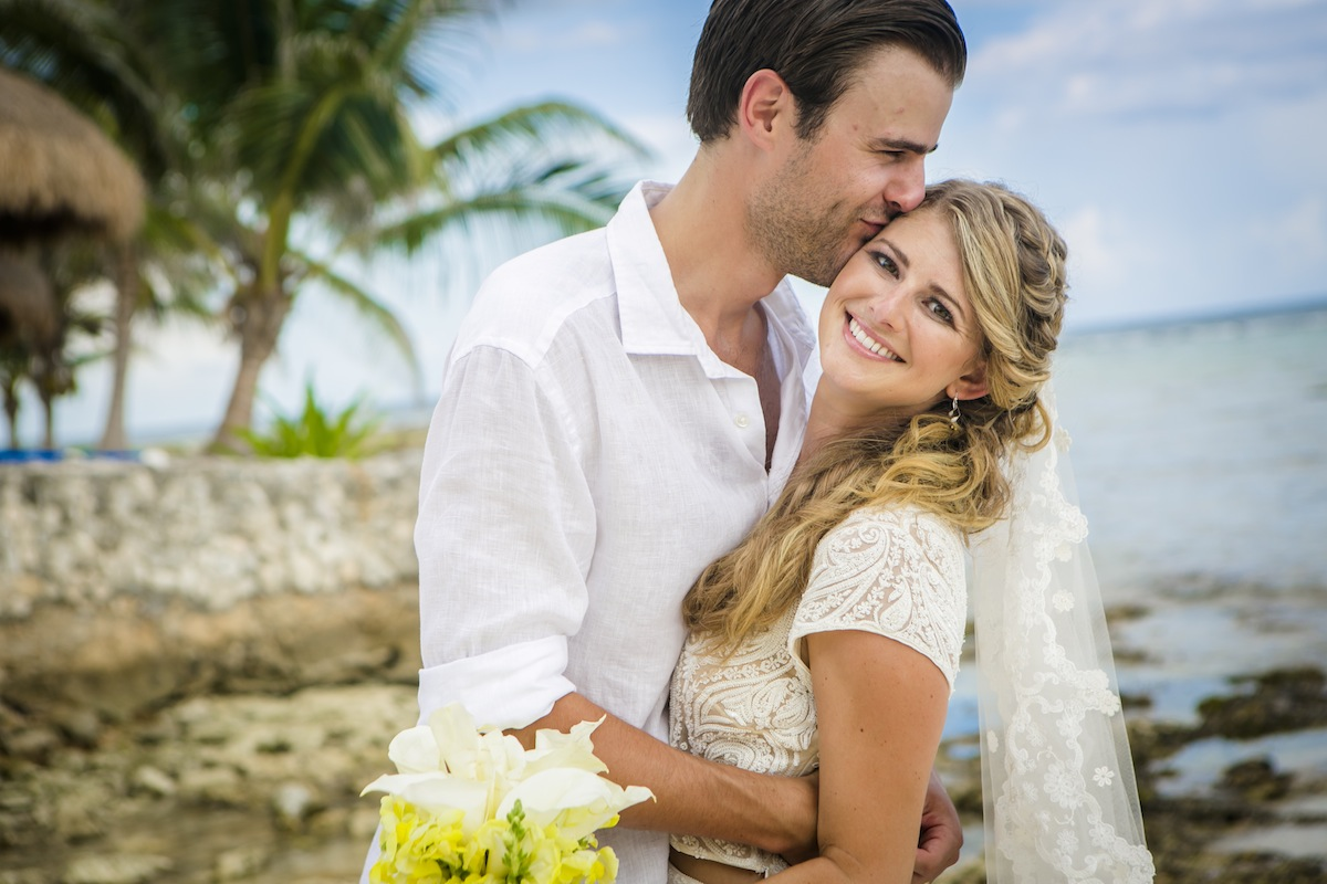 the ultimate guide on how to get married in mexico: it's easier than you think!