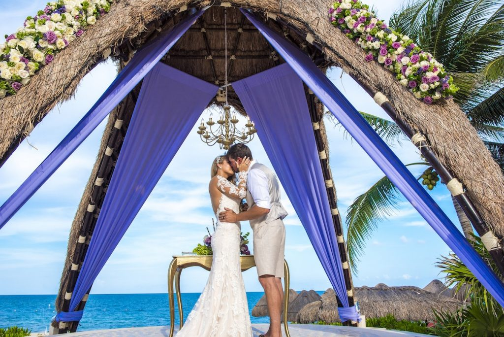 Amy Samuel Dreams RIviera Cancun 15 1024x684 - The Ultimate List Of Best Wedding Resorts In Mexico