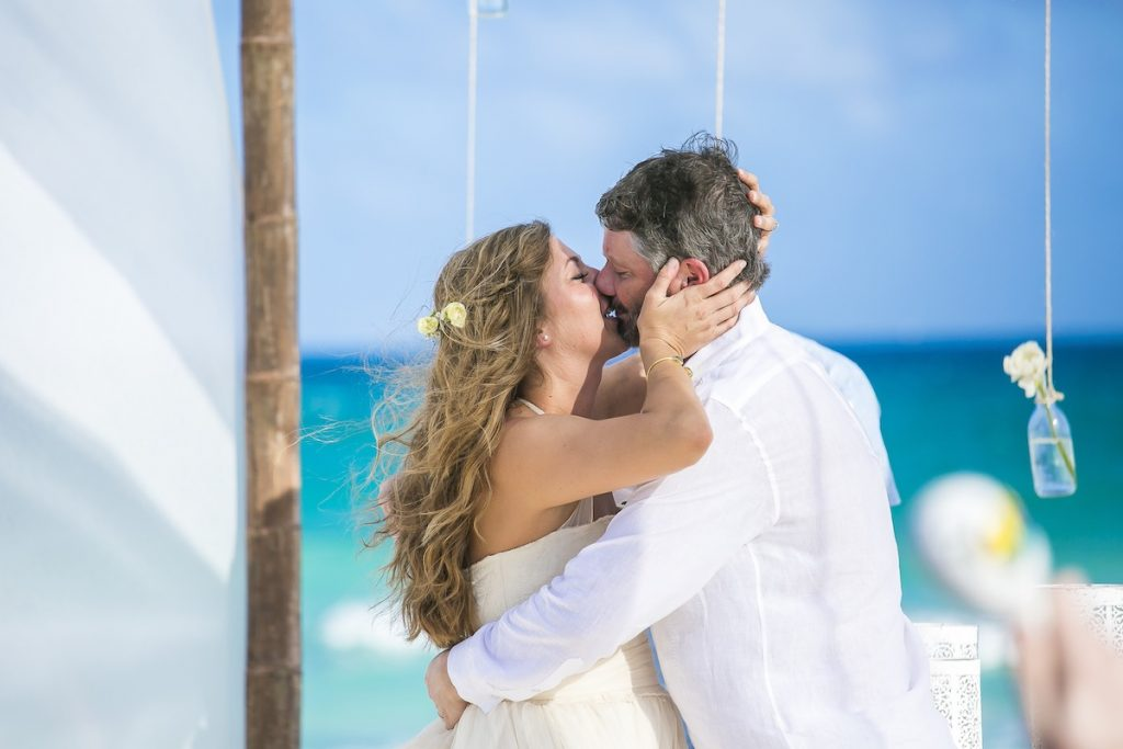 Dara and Evan Villa Sol y Luna 17 2 1024x683 - The Top 5 Wedding Venues On Isla Mujeres That You Probably Never Heard Of But Are Drop Dead Gorgeous