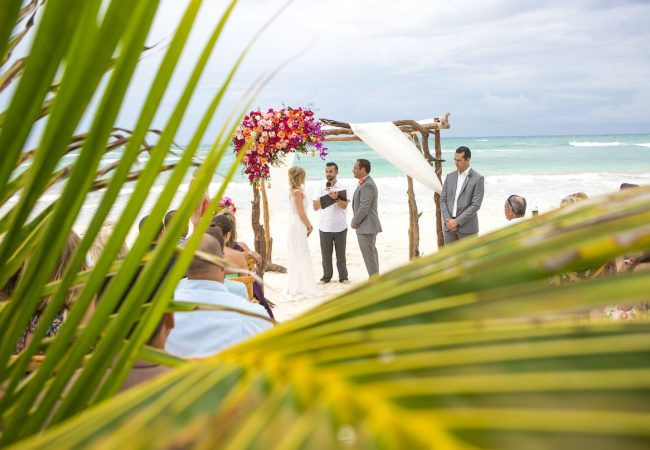 Shane Brandon Akiin Beach Club Tulum 30 650x450 - Playa del Carmen Wedding Photography, Riviera Maya Wedding Photographer