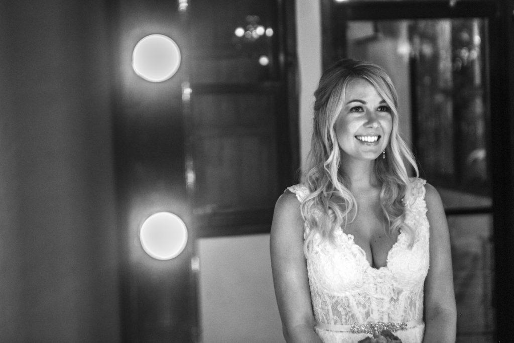 Shane Brandon Akiin Beach Club Tulum 38 1024x683 - 10 Tricks For Looking Terrific In Your Wedding Photos