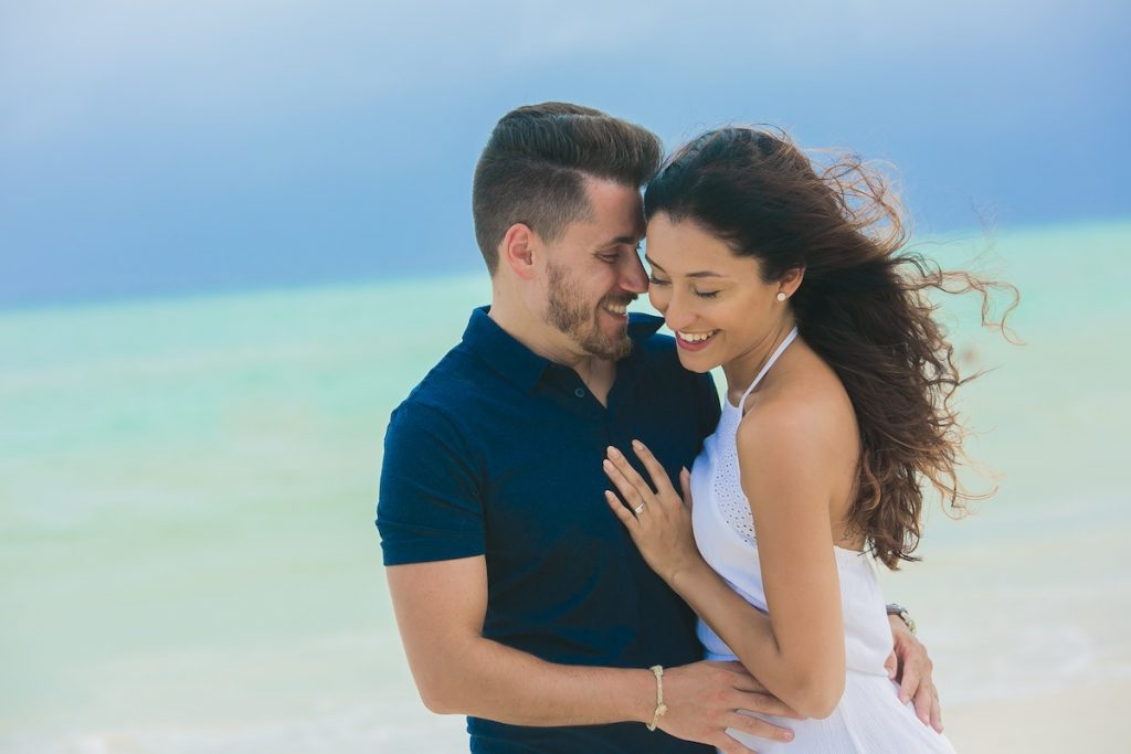 engagement vow renewals 1024x683 - 11 Best Beaches In Cancun For Your Honeymoon Photography