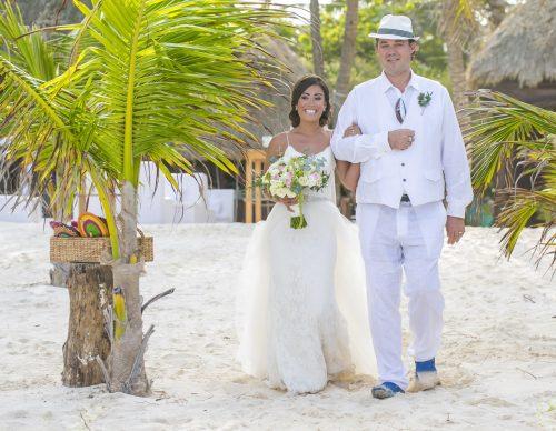 Jot and Amy Akiin Beach Club Tulum 27 500x388 - Jot & Amy - Ak'iin Beach Club