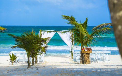 Jot and Amy Akiin Beach Club Tulum 34 500x312 - Jot & Amy - Ak'iin Beach Club