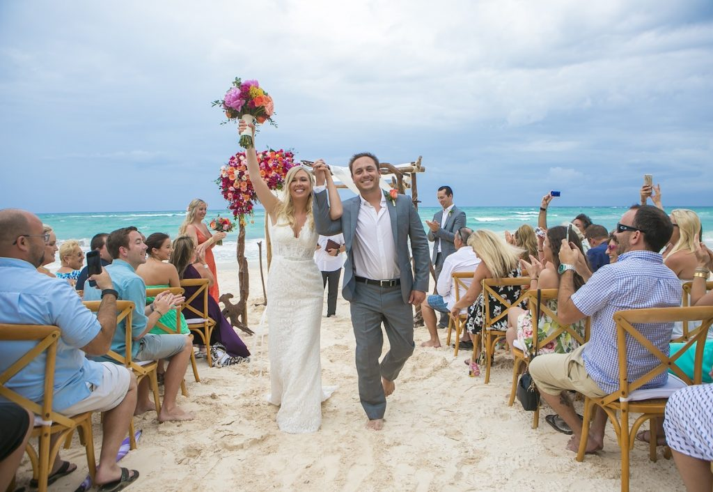 Shane Brandon Akiin Beach Club Tulum 22 1024x706 - 5 Reasons Why You Should Have An Unplugged Destination Wedding In Mexico
