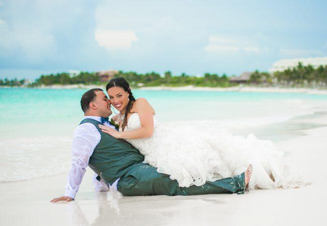 stefanie cory secrets akumal riviera 650x450 - Wedding Photography Riviera Maya