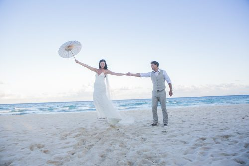 melissa-brian-beach-wedding-valentin-imerial-riveria-maya-02-38