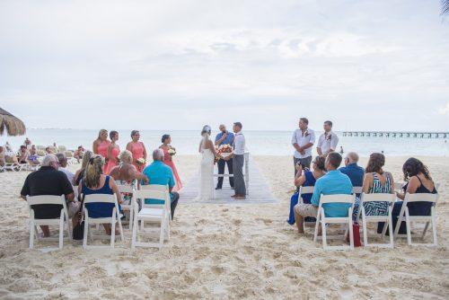 michelle-brandon-beach-wedding-riu-cancun-01-4