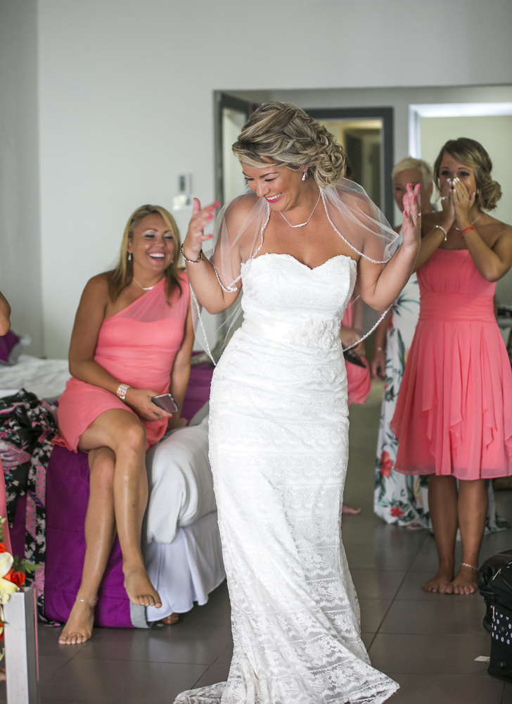 michelle-brandon-beach-wedding-riu-cancun-01-7