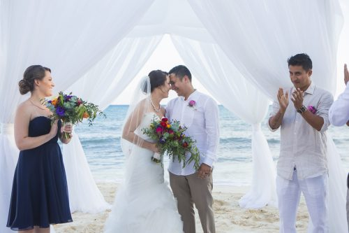 amber-mauricio-beach-wedding-grand-coral-playa-del-carmen-01-10