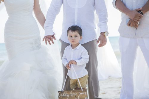 Amber Mauricio beach Wedding Grand Coral Playa del Carmen 01 3 500x333 - Amber & Mauricio - Grand Coral Beach Club