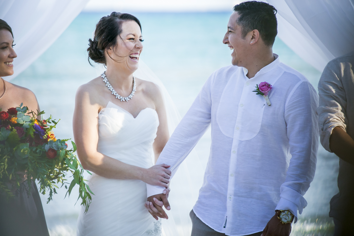 Amber Mauricio beach Wedding Grand Coral Playa del Carmen 01 4 - Amber & Mauricio - Grand Coral Beach Club