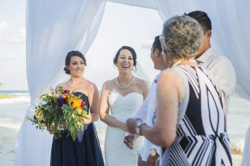 amber-mauricio-beach-wedding-grand-coral-playa-del-carmen-01-5