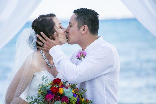 amber-mauricio-beach-wedding-grand-coral-playa-del-carmen-01-9