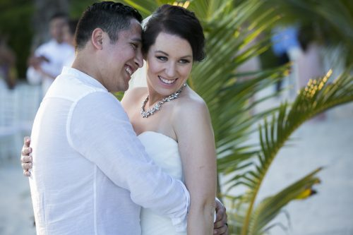 Amber Mauricio beach Wedding Grand Coral Playa del Carmen 04 500x333 - Amber & Mauricio - Grand Coral Beach Club