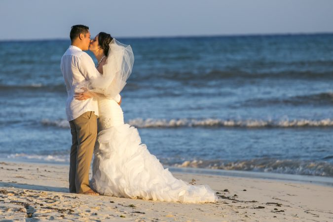 how to fly with a wedding dress to your destination wedding