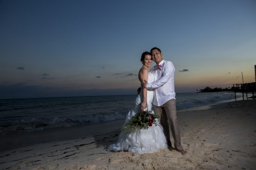 Amber Mauricio beach Wedding Grand Coral Playa del Carmen 04 8 500x333 - Amber & Mauricio - Grand Coral Beach Club