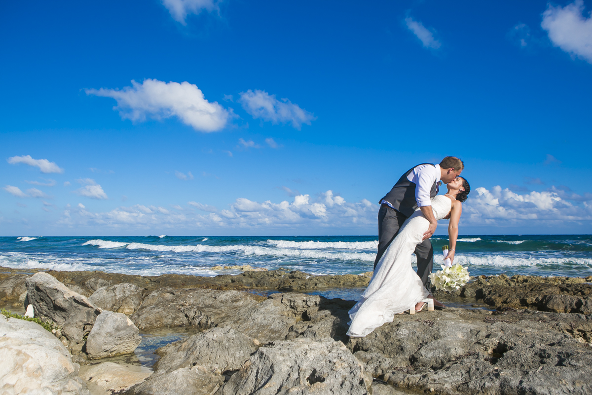 Katelyn Andrew beach wedding Grand Palladium riviera maya 01 11 - Katelyn & Andrew - Grand Palladium Resort