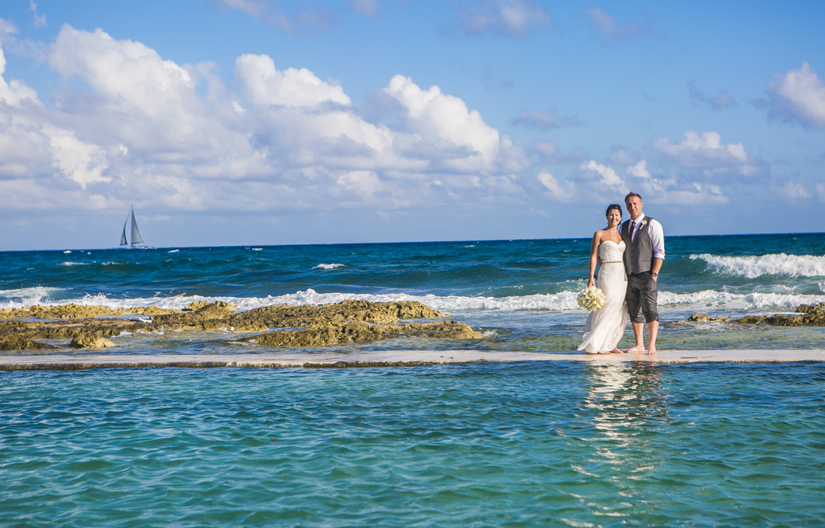 Katelyn Andrew beach wedding Grand Palladium riviera maya 01 13 - Katelyn & Andrew - Grand Palladium Resort