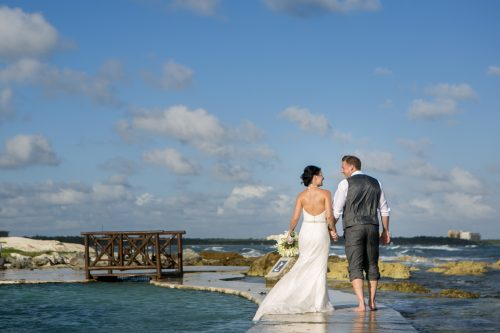 Katelyn Andrew beach wedding Grand Palladium riviera maya 01 15 500x333 - Katelyn & Andrew - Grand Palladium Resort