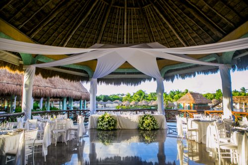 Katelyn Andrew beach wedding Grand Palladium riviera maya 01 18 500x333 - Katelyn & Andrew - Grand Palladium Resort