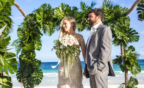 jessica-brian-beach-wedding-akiin-beach-club-tulum-01-18