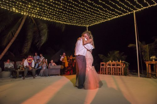 jessica-brian-beach-wedding-akiin-beach-club-tulum-01-39