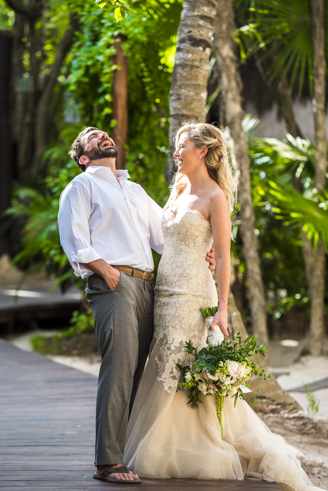 jessica-brian-beach-wedding-akiin-beach-club-tulum-04-10