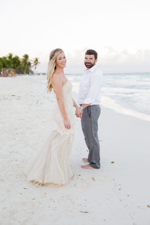 jessica-brian-beach-wedding-akiin-beach-club-tulum-04-17