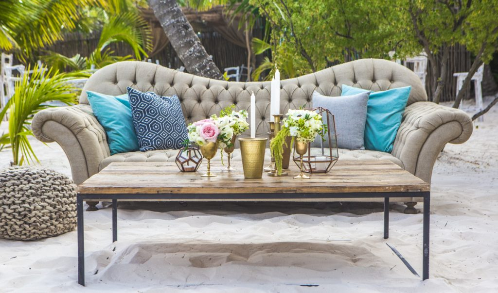 jessica brian beach wedding akiin beach club tulum 06 16 1024x604 - 6 Cool Beach Wedding Decor Ideas That You'll Want To Steal!