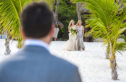 jessica brian beach wedding akiin beach club tulum 06 18 500x324 - Jessica & Brian - Ak'iin Beach Club