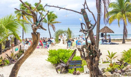 kayla-logan-beach-wedding-puerto-aventuras-mexico-01-25
