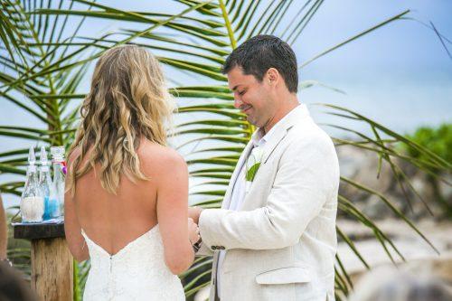 kayla-logan-beach-wedding-puerto-aventuras-mexico-01-27