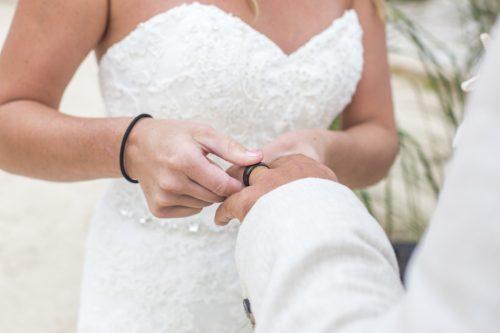 kayla-logan-beach-wedding-puerto-aventuras-mexico-01-28