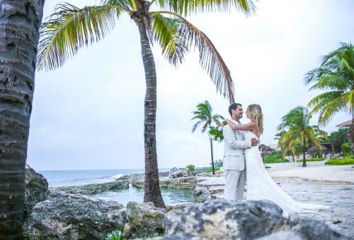 kayla-logan-beach-wedding-puerto-aventuras-mexico-01-36