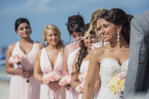neesha-mike-beach-wedding-finest-Playa-mujeres-cancun-02-13