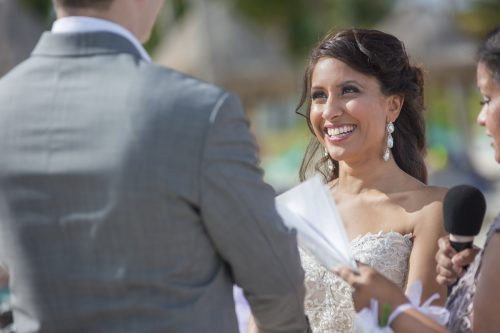 neesha-mike-beach-wedding-finest-Playa-mujeres-cancun-02-16