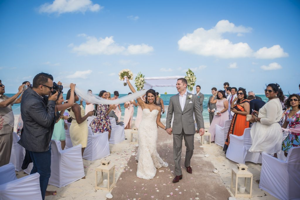 neesha mike beach wedding finest Playa mujeres cancun 02 18 1024x684 - 7 Surprising Things We Learned About Riviera Maya Weddings In 2017