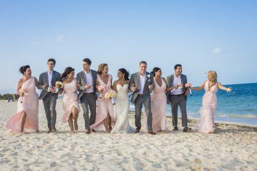 neesha-mike-beach-wedding-finest-Playa-mujeres-cancun-02-21