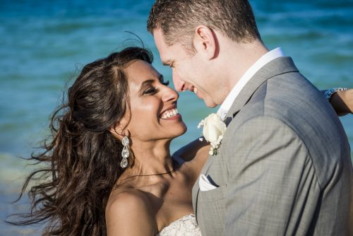 neesha-mike-beach-wedding-finest-Playa-mujeres-cancun-02-25